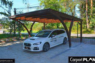 Wiata drewniana na samochód Chojnice